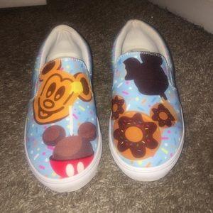 Disney Treat shoes